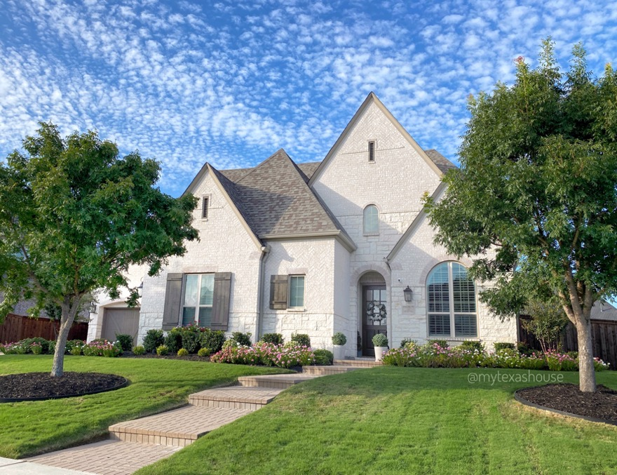 Big News: We are Selling Our House! - My Texas House